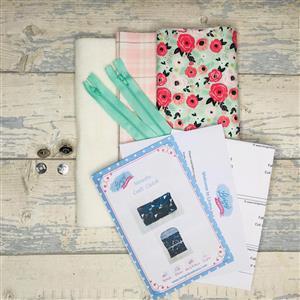 Living in Loveliness Mint Riley Blake Yasmeen Cosmetic Bag Kit