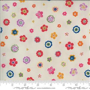Moda Lulu in Cream Multi Floral Fabric 0.5m