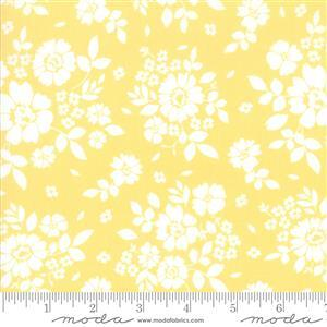 Moda Canning Days Sunny Fresh Picked on Yellow Fabric 0.5m