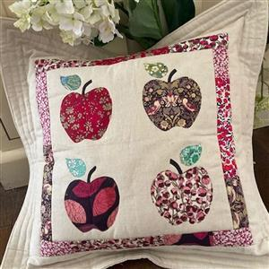 Sallieann Quilts Apple Cushion Instructions