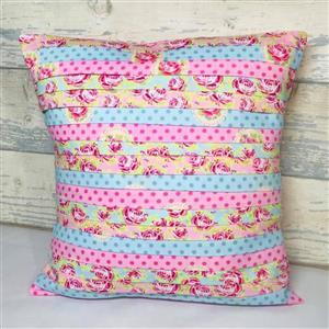 Living in Loveliness Pretty Pleated Cushion Pattern