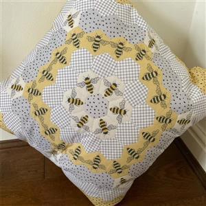 Hexie Cushion Bumble Bee Bundle: Fabric Panel & EPP Paper Hexagon 1