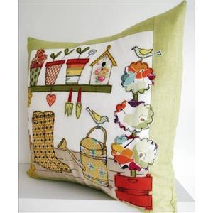Helen Newton's Potting Shed Cushion Instructions