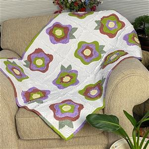Allison Maryon's Purple & Green French Roses Quilt-As-You-Go Kit: Instructions & Fabric (2m) & 2 x FQs