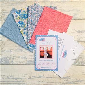 Living in Loveliness Fabulously Fast Fat Quarter Fun Issue 7 – Liberty option 1