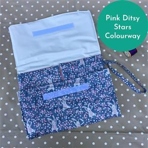 Pink Ditsy Stars Baby Changer Kit: Instructions, Fabric (1.5m) & Nursery Sheeting